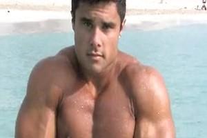 Latino bodybuilder Tony Searle naked